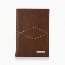 Обложка на паспорт из натуральной кожи BOND коричневая c теснением